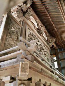 宮子神社御本殿背面