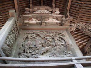 宮子神社御本殿左面