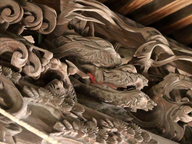 宮子神社御本殿向拝の龍