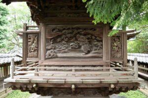 八幡神社御本殿背面