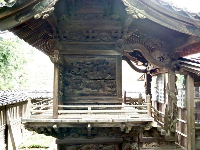 八幡神社御本殿左面
