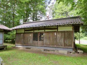 諏訪八幡神社拝殿
