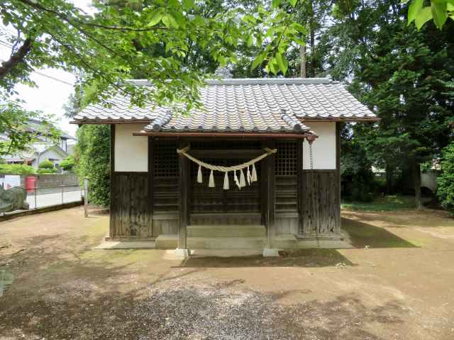 白山神社拝殿