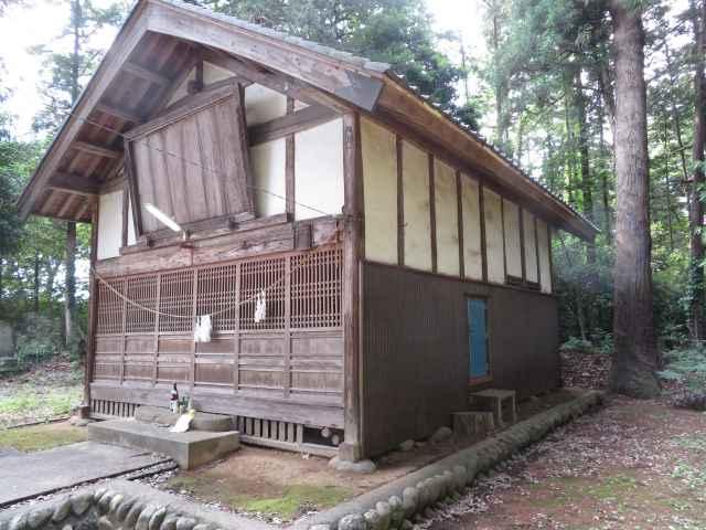 小被神社拝殿