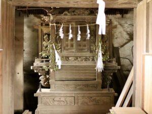 白山神社御本殿