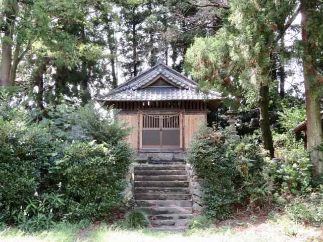 雷電神社拝殿