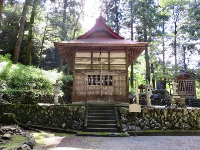 大内神社拝殿