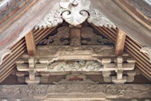 鬼石神社御本殿左面妻飾