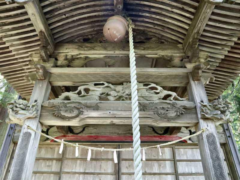 八幡神社拝殿向拝